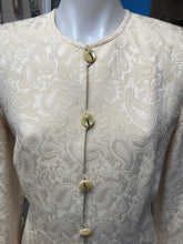 Load image into Gallery viewer, Escada Size 40 Ivory Paisley Wool Suit
