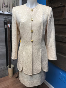 Escada Size 40 Ivory Paisley Wool Suit