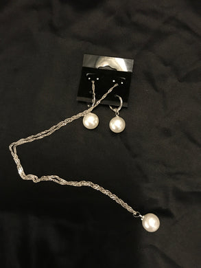Necklace & Earrings Set with Pearl Accent NEW