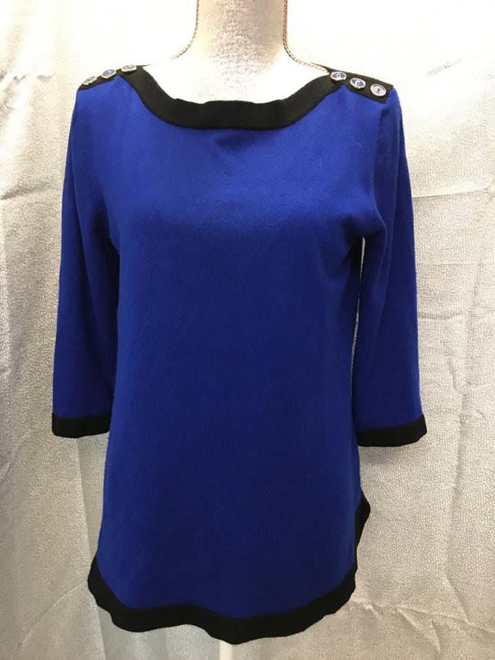 Cable & Gauge Size M Blue Sweater