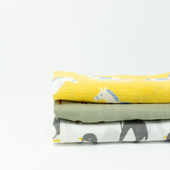 "Organic Cotton Muslin Cloths ""Animals"" Set of 3 60X60CM"
