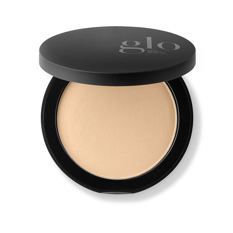 Glo Skin Beauty Pressed Base - Revitaskin