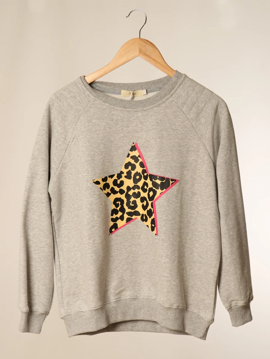 Grey Leopard Print Star sweatshirt medium