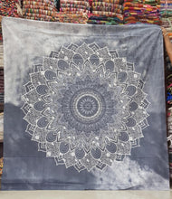 Load image into Gallery viewer, Two Tone Tie Dye Tapestry
