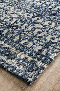 Avignon Pascale Transitional Rug in Navy and Cream