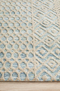 Avignon Mabel Transitional Rug in Sea Foam and Cream