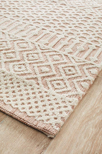 Avignon Elina Transitional Rug in Peaches and Cream