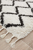 Amira Zig Zag Moroccan Runner Rug in Black and White