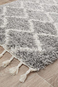 Amira Moroccan Runner Rug in Silver Grey & White