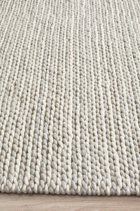 Aluna Carina Braided Wool Rug in Soft Grey and Cream