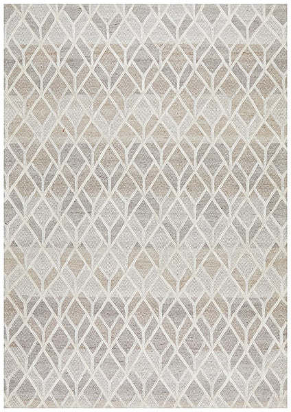 Alpine Winter Geometric Textured Rug in Sand