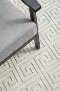 New York Art Deco Pattern Rug in Natural White