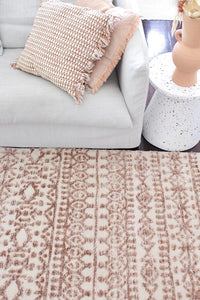 Avignon Alby Transitional Rug in Peaches and Cream