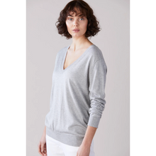 Load image into Gallery viewer, Laing Emma Silk Cahsmere V Neck