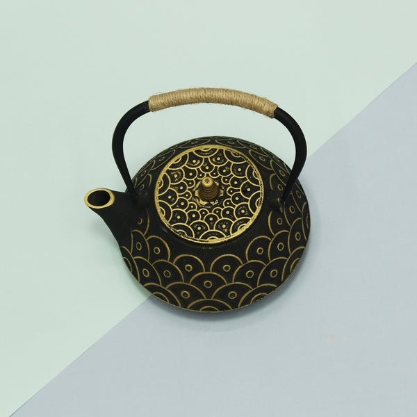 Our Japanese Sage tea pot is a definite conversation starter for any of your gatherings