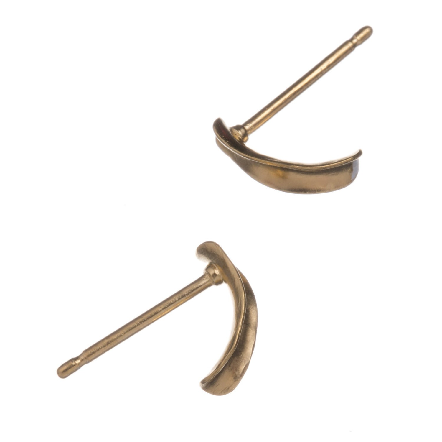 Demilune studs style 1, gold vermeil, from the side showing pins.