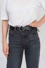 Load image into Gallery viewer, SIA LEATHER BELT BLACK/SILVER - WE BANDITS