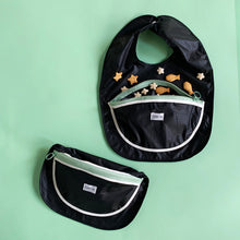 Load image into Gallery viewer, Snack bib_bowl pocket_black with zipper