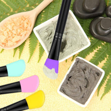 Load image into Gallery viewer, SILICONE FACE MASK BRUSH MASK APPLICATION BRUSH