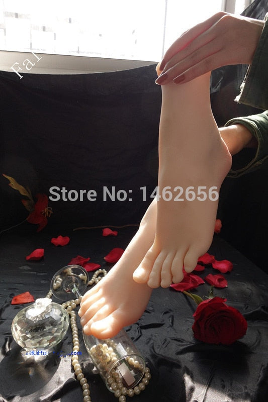 Free Shipping!! Female Realistic Lifelike Mannequin Foot Fetishism Foot Worship Stretcher Display Stand Nail Art Manicure Tool