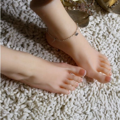 Newest 37 Size Asian Girls Foot Clones Feet Worship Fetish Foot Fetish Jobs Toys Mannequin Real Skin Free Shipping