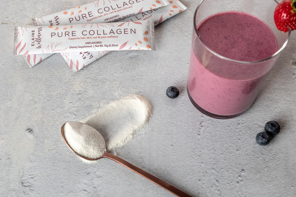 Collagen berry smoothie with collagen stick packs