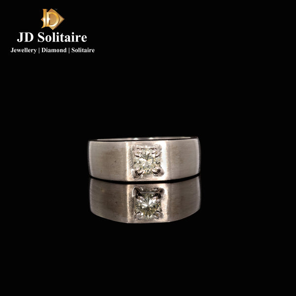 Solitaire White Gold Ring
