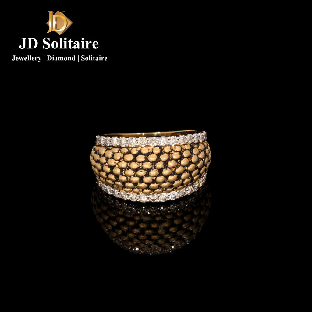 Antique Look Diamond Yellow Gold Ring