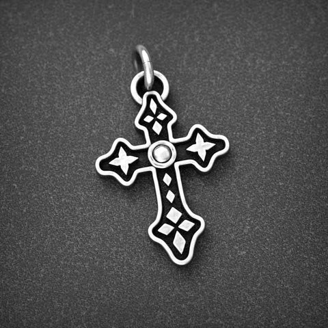 Universal Cross + Chain