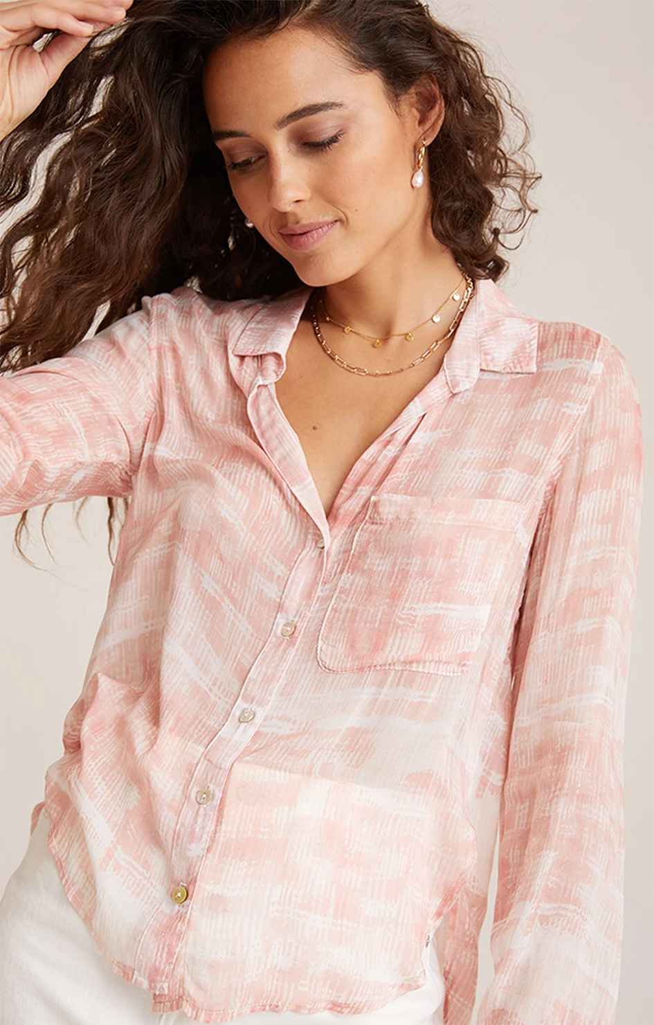 Bella Dahl Rounded Hem Pocket Button Down