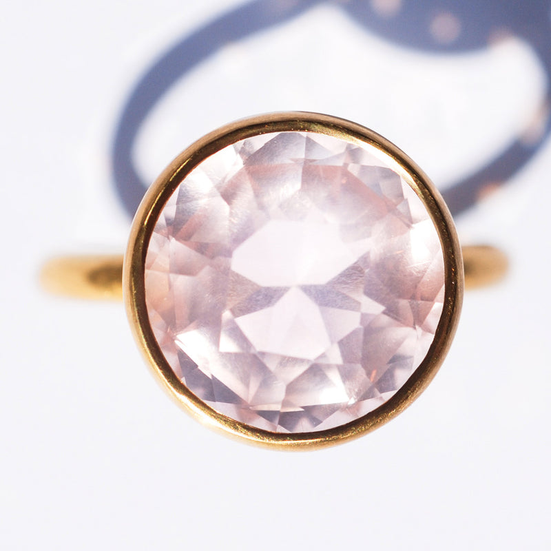 bague-marie-helene-de-taillac-princesse-quartz-rose-or