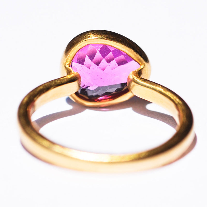 bague-princesse-marie-helene-de-taillac-tourmaline-rose-cyclamen-or