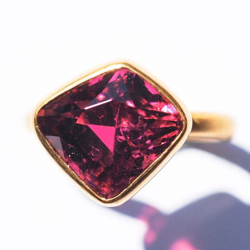 bague-princesse-marie-helene-de-taillac-tourmaline-rose-or