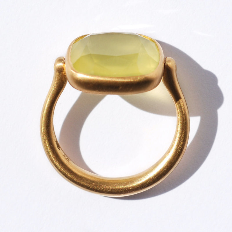 bague-swivel-marie-helene-de-taillac-prehnite-or