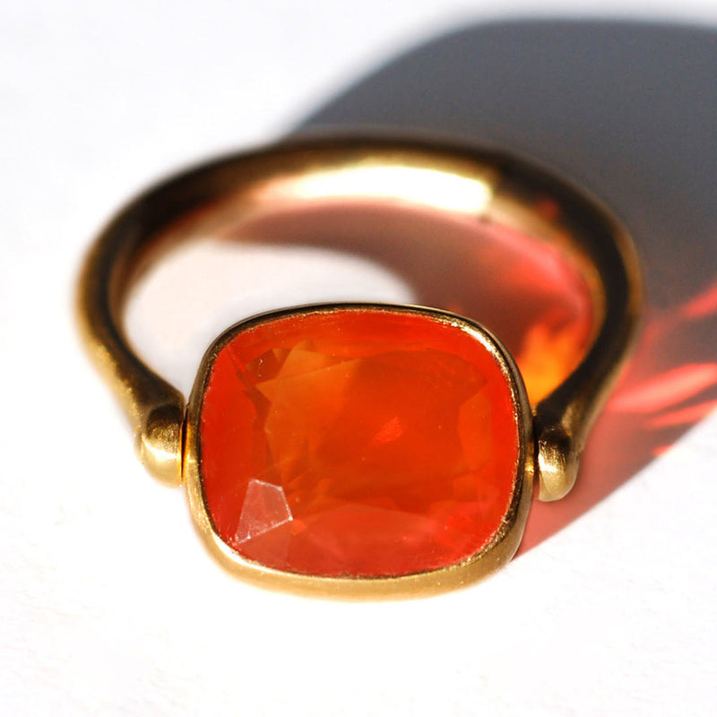 marie-helene-de-taillac-bague-swivel-opale-de-feu-or