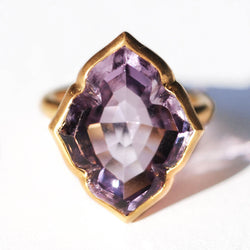 marie-helene-de-taillac-bague-udaipur-amethyste-or