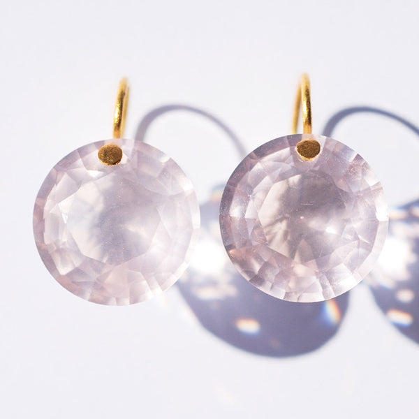 marie-helene-de-taillac-boucles-d-oreilles-brilliant-quartz-rose-or