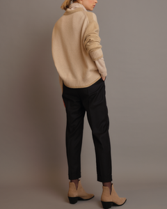 Cashmere crewneck with paillettes