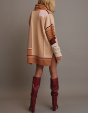 Load image into Gallery viewer, Inlaid poncho in pure cashmere