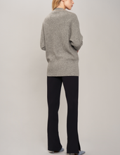 Load image into Gallery viewer, Cardigan in cashmere and wool