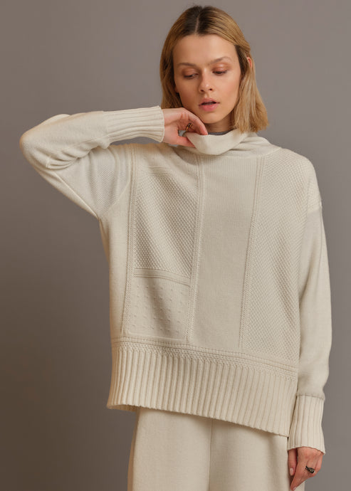 Multipoint cashmere turtleneck