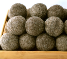 Load image into Gallery viewer, Reusable wool dryer balls hand made in Canada