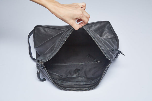 Sample | Rei Convertible Shoulder Bag | Black - A R A M L E E ®
