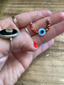 Earrings loop devil eye