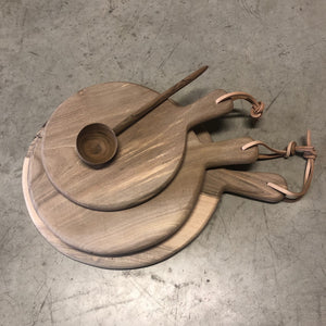 Walnut wooden chopping board ROUND