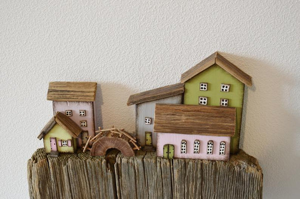 Driftwood Wooden Key Holder