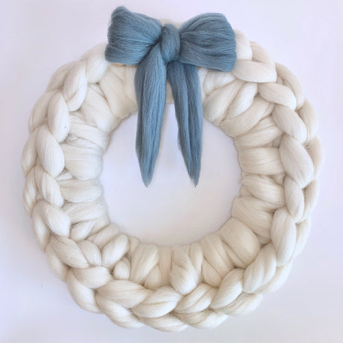 Chunky Knit Wall Hanging Wreath Beige Large