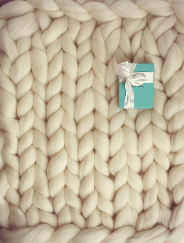 Merino Wool Arm Knit Chunky Throw Blanket Ivory