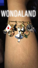 Load image into Gallery viewer, Wondaland Bangle