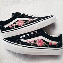 Load image into Gallery viewer, Pink Roses Vans Shoes